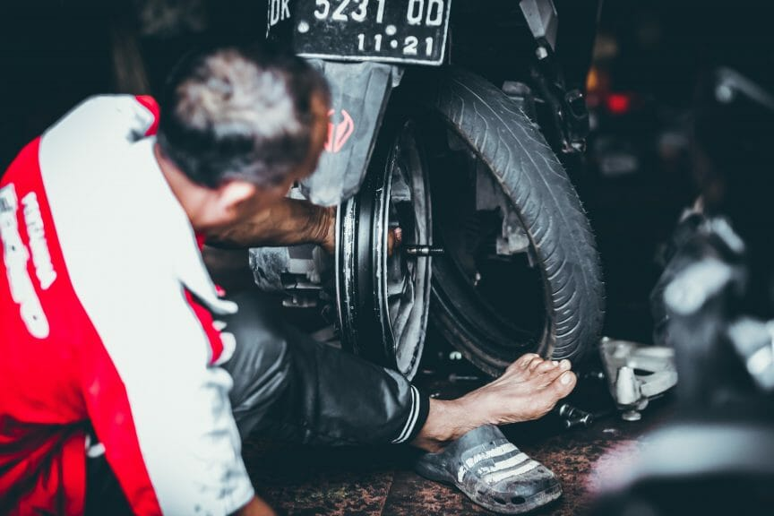 How Much do Motorcycle Tires Cost? – Picking Tires